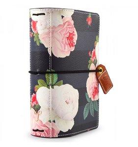 Midori tamaño Passport Black Floral