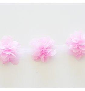 Cinta flores tul rosa chicle