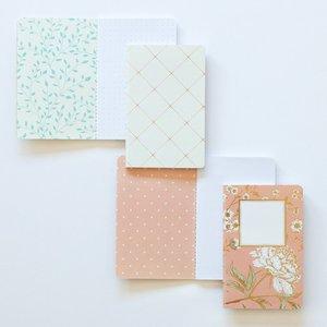 Set 2 cuadernos tamaño passport Carrotcake Flores