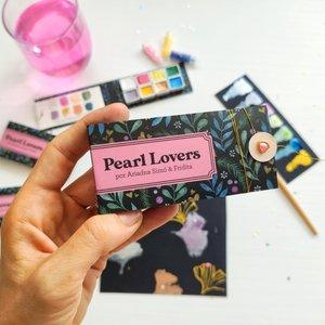 Acuarelas brillantes Pearl Love de Ariadna Simó y Fridita