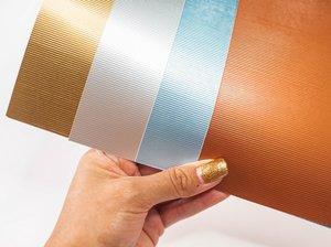 Kit cartulinas 12x12 Johanna Rivero Textura líneas colores metálicos
